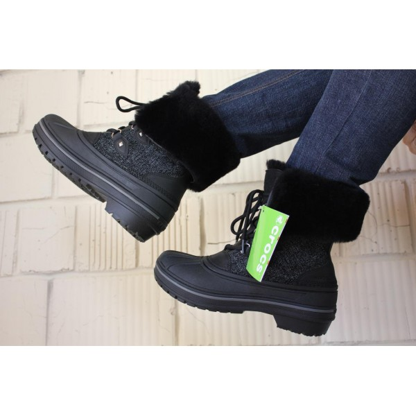 Женские зимние ботинки Crocs AllCast II Luxe Snow Boot