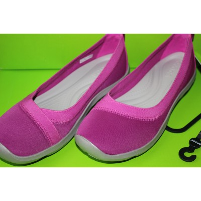 Женские балетки Crocs Busy Day Stretch Ballet Flat
